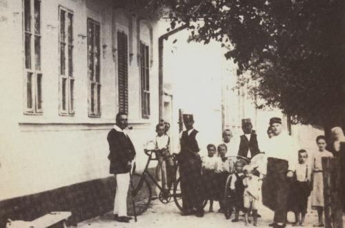 Bulkes 1786 - 1944 ustanove, kuće, ulice....